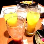 チーズタッカルビ&個室 遥 - カシスオレンジ、オレンジカクテル