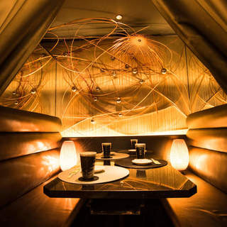 落ち着いた和個室が宴会にもプライベートにも最適です。