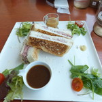 きらりCUCINA - ローストビーフサンドイッチ