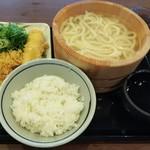 丸亀製麺 - 釜揚げうどん(並)+いか天+天丼用ごはん=税込540円(2018.06.08)