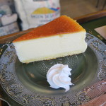 イツキ コーヒーロースタリー - チーズケーキ