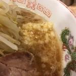 肉汁らーめん 公 - ニンニク