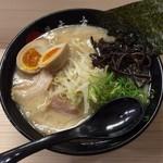 博多禿鷹 - 麺なしラーメン