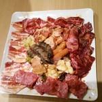 焼肉と韓国料理 葉山 - 焼肉盛り合わせ♡