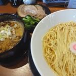 ラーメンラボ うさぎプラス - 料理写真:釜揚つけ麺大盛り(950円)