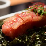 元祖博多めんたい重 - 【飯吸セット@2,380円+税】明太子には、調味だれに漬け込んだ昆布が巻き付けてあります。