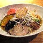 8729031 - 黒酢の冷し中華(麺大盛)