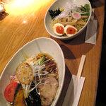 8729032 - 黒酢の冷し中華(麺大盛)とつけ麺