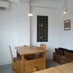 モトコーヒー - ☆2階席はシンプルで爽やかな雰囲気です(^_-)-☆☆