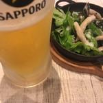 肉バル×ワイン酒場 東京食堂 - お通しと共に