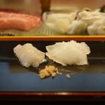 小判寿司 - マコガレイ縁側付