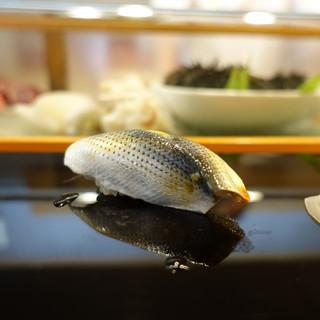 小判寿司 - 料理写真:小鰭