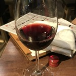 87309662 - ワインも何本か頂きました