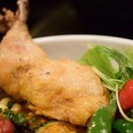 Rojiura Curry SAMURAI. - 【チキンと1日分の野菜20品目@税込1,580円】チキンは、パリパリで。