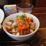 塩らー麺 本丸亭 - ミニまんま丼250円(平日ランチ)