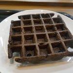 スターバックス・コーヒー - 「チョコレートワップル」はチョコレートの香ばしい香りが漂っており