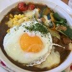 グリルレストラン モカ - 料理写真:野菜たっぷりカレードリア