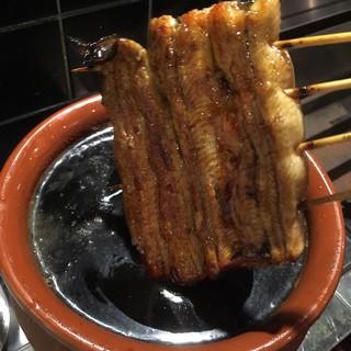 鰻の程良い脂と独自調合のタレが生み出すご飯にぴったりの味わい