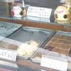 力餅食堂 - 料理写真:外に向けてショーケースがあります
