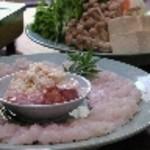 料理民宿 浜福 - 料理写真:夏は名物の【はもすき】コースがお勧め。