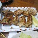 味処膳き屋 - ほね付カルビも焼いて貰って皆で分けました、塩焼きのカルビって暫くぶりに食べたかも・・・・・