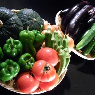 野菜ソムリエ厳選!こだわり無農薬有機野菜を使用。