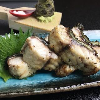【夏のオススメ】琵琶湖の天然うなぎの白焼き…3900円