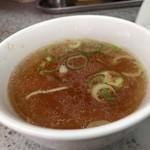 87353946 - チャーハンについてくるスープ、チャーハンについてくるスープとググったら、この画像が出てきそうなくらいに王道的スープでした。