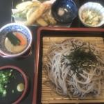 そば処やっちゃん - 料理写真: