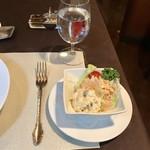 東洋軒 - 付け合わせのサラダ