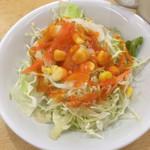 スーリヤチャンドラ - セットのサラダ