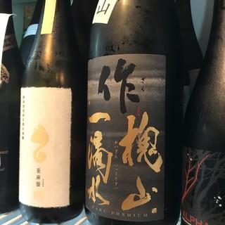 <こだわりのお酒>日本酒やマッコリ、お酒にもこだわります。