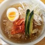湘南肉豚屋 - 冷麺♪(ハーフ)