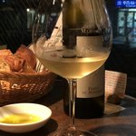 カプチーニ - おまかせワイン1500円その2・白ワイン