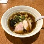 麺肴 今日から - 料理写真:魚介スープの杉樽しょう油ラーメン