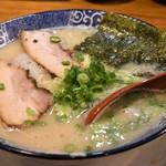博多ラーメン 鶴亀堂 - 料理写真:博多ラーメン