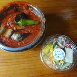 GnamGnam - 揚げ野菜のペンネアラビアータとサラダ