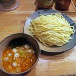 つけ麺屋 やすべえ - 辛味つけ麺 大盛り(440g)¥780