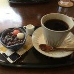 甘味茶寮 ほとり - 餡コーヒー 別々に頂きました 笑
