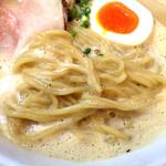 Mitsuba - 豚CHIKIしょうゆラーメン(麺)