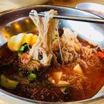 コサム冷麺専門店 - 特徴的な極細麺!