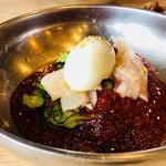 コサム冷麺専門店 - シンプルなトッピング!