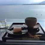 87394911 - 抹茶と和菓子のセット