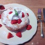 オリジナルパンケーキハウス - 絶品ふわとろチーズパンケーキ ストロベリー(新商品)