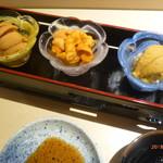 87395517 - ウニ食べ比べ(バフンウニ、塩水ウニ、紫ウニ)