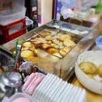 稲田酒店 - おでん鍋。