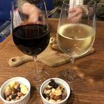 エル・チャテオ - 赤と白のグラスワイン