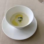 レストラン ラグラース - ランチミニコースのスープ