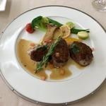 レストラン ラグラース - ランチミニコースのメイン、肉料理