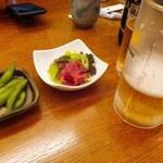 とんかつとん亭 - 梅くらげと枝豆